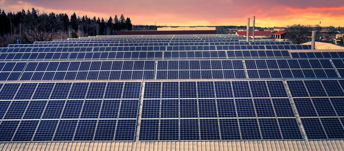 what is a solar panel made of
